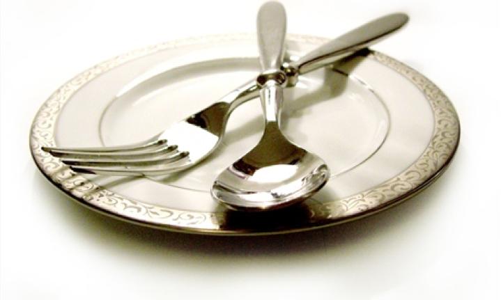 tanier a príbor